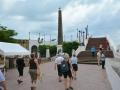 Den franske plads med mindesmærker over det forliste kanalbyggeri i 1880rne, panama city