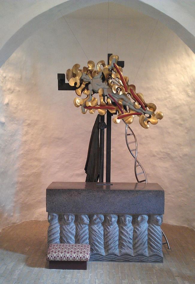 Bjørn Nørgårds alter i knebel kirke