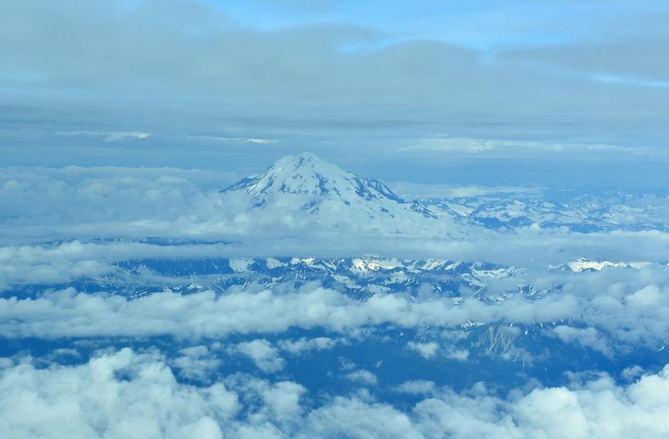 Vulkan, Alaska Range