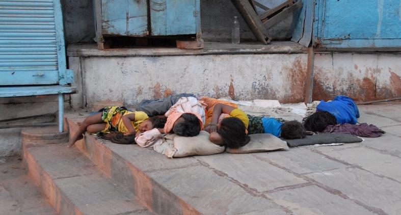 Tidlig morgen i Varanasi, Indien