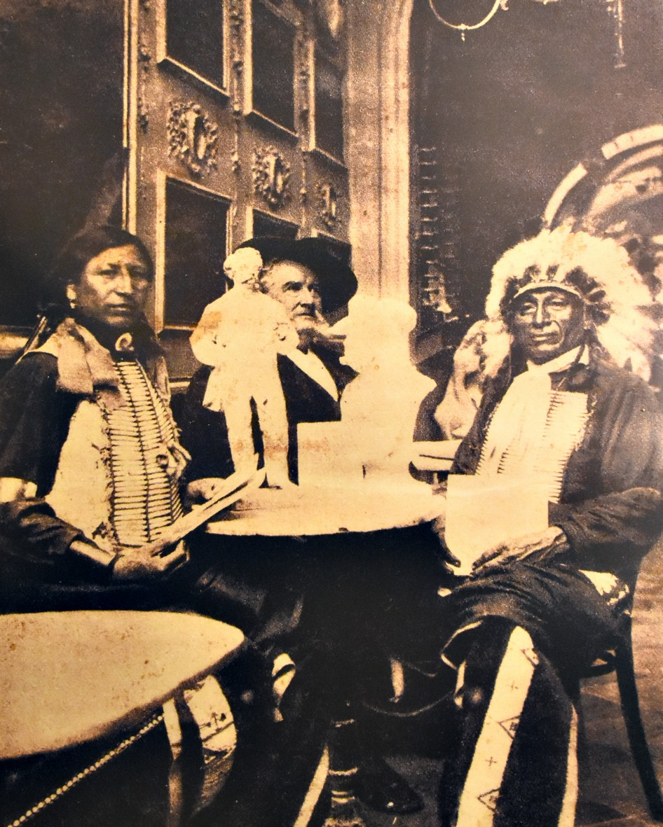 Buffalo Bill og vennerne i  Antica Caffé Greco, via dei Condotti