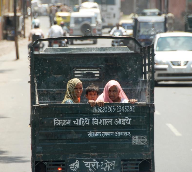 Mellem Delhi og Agra