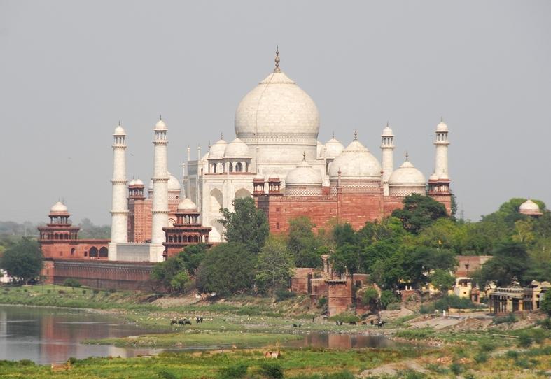 Udsigt mod Taj Mahal fra Det røde fort, Agra